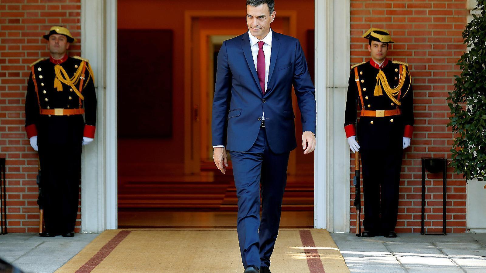 El CIS enlaira el PSOE fins al 41,3% de suports i castiga Cs