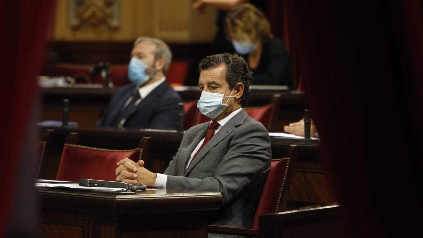 Armengol acusa Company de fer preguntes al Parlament al dictat de Madrid