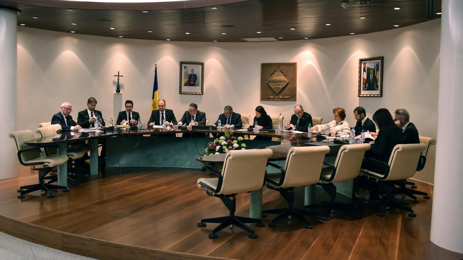 Un moment de la sessió de consell de comú celebrada aquest dilluns a Encamp. / M. P. (ANA)