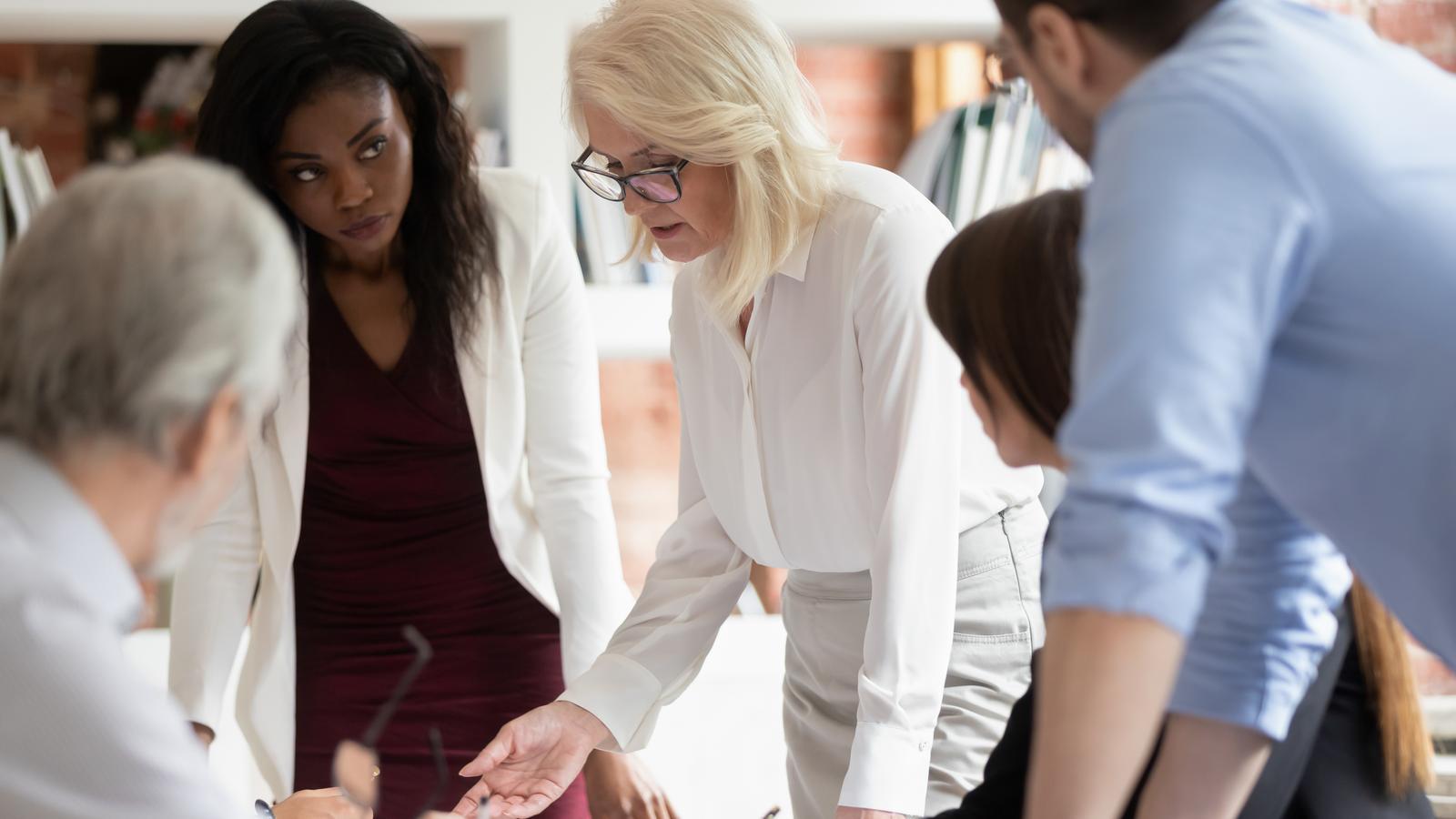 Els consells de les empreses cotitzades espanyoles necessitarien incorporar 349 dones perquè hi hagi paritat