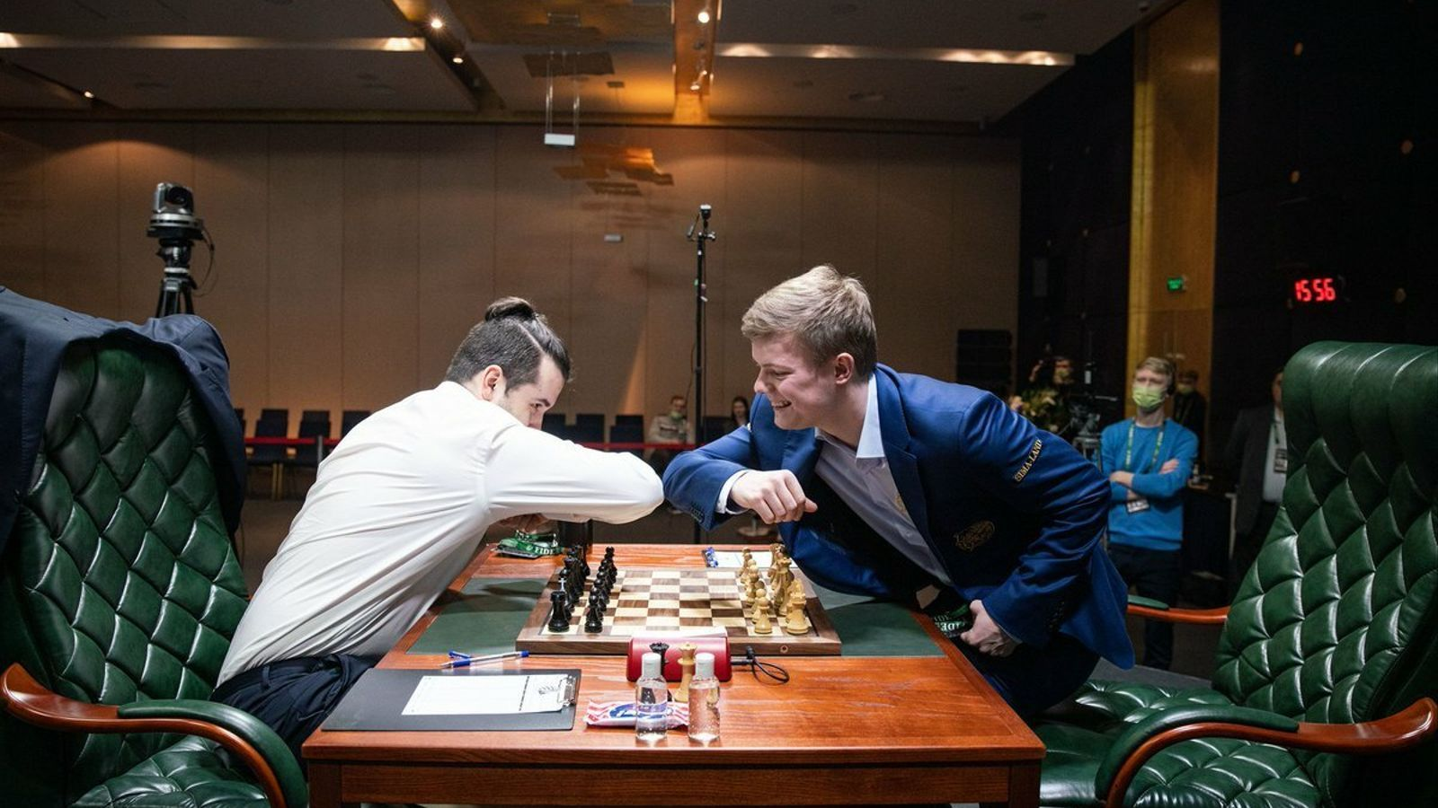 Ian Nepomniachtchi i Kirill Alekseenko, a la tercera ronda del Torneig de Candidats 2020
