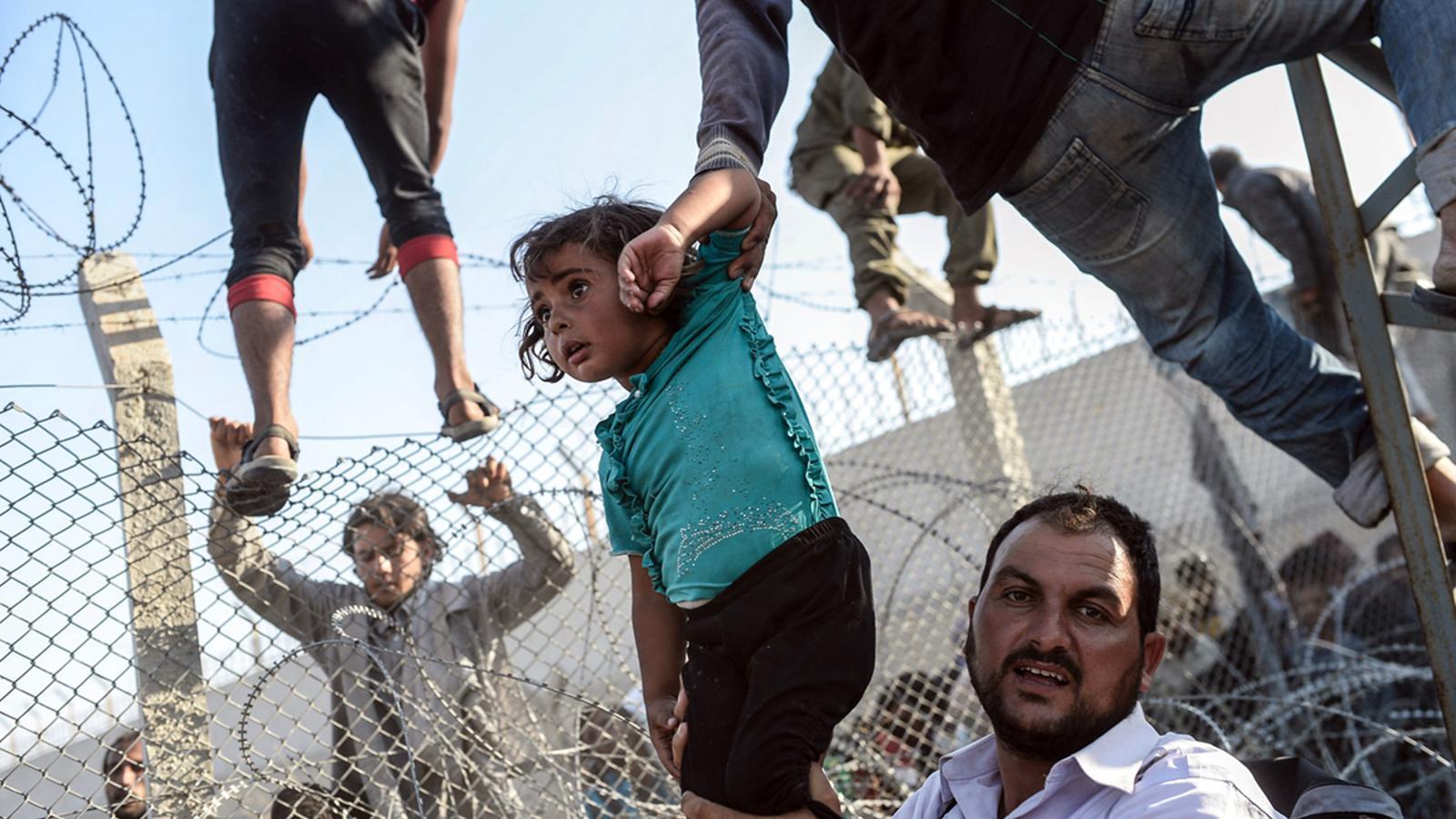REFUGIADOS-UE II - Página 2 Travessant-illegalment-Sanliurfa-Turquia-territori_1759034246_39401498_766x565