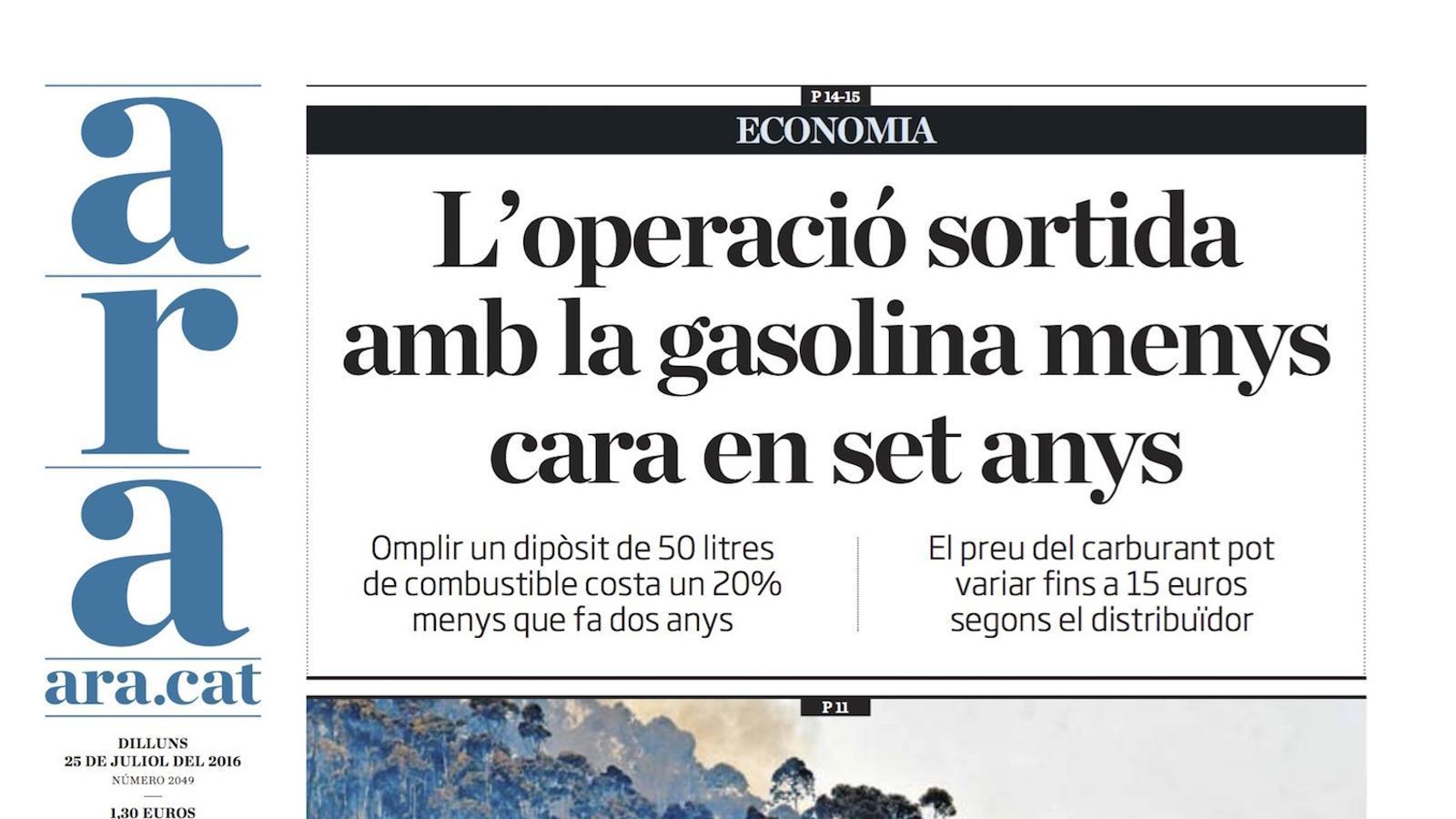 """""""L'operació sortida amb la gasolina menys barata en set anys"""", portada de l'ARA"""
