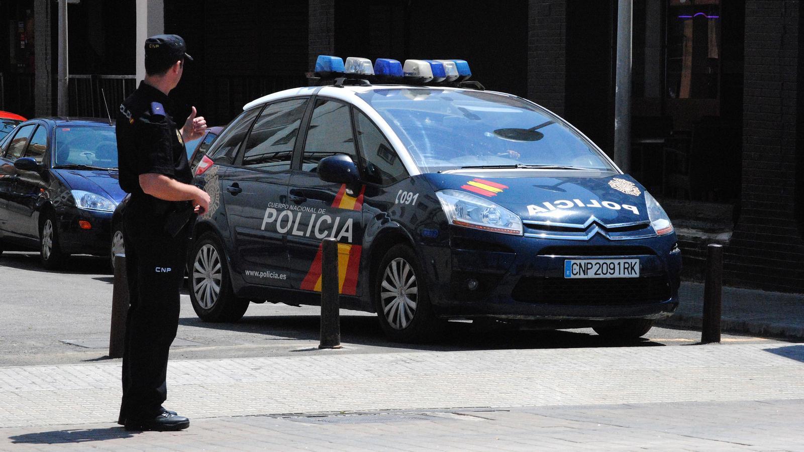 Una patrulla de la Policia Nacional. / EFE