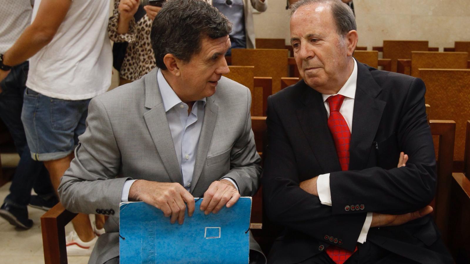 Matas reconeix el finançament irregular del PP i evita més anys de presó amb una multa de 18.000 euros