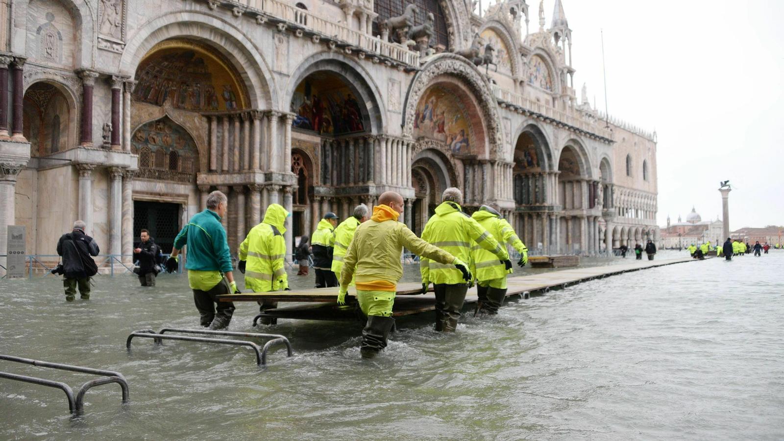 Venècia espera avui una altra marea excepcional