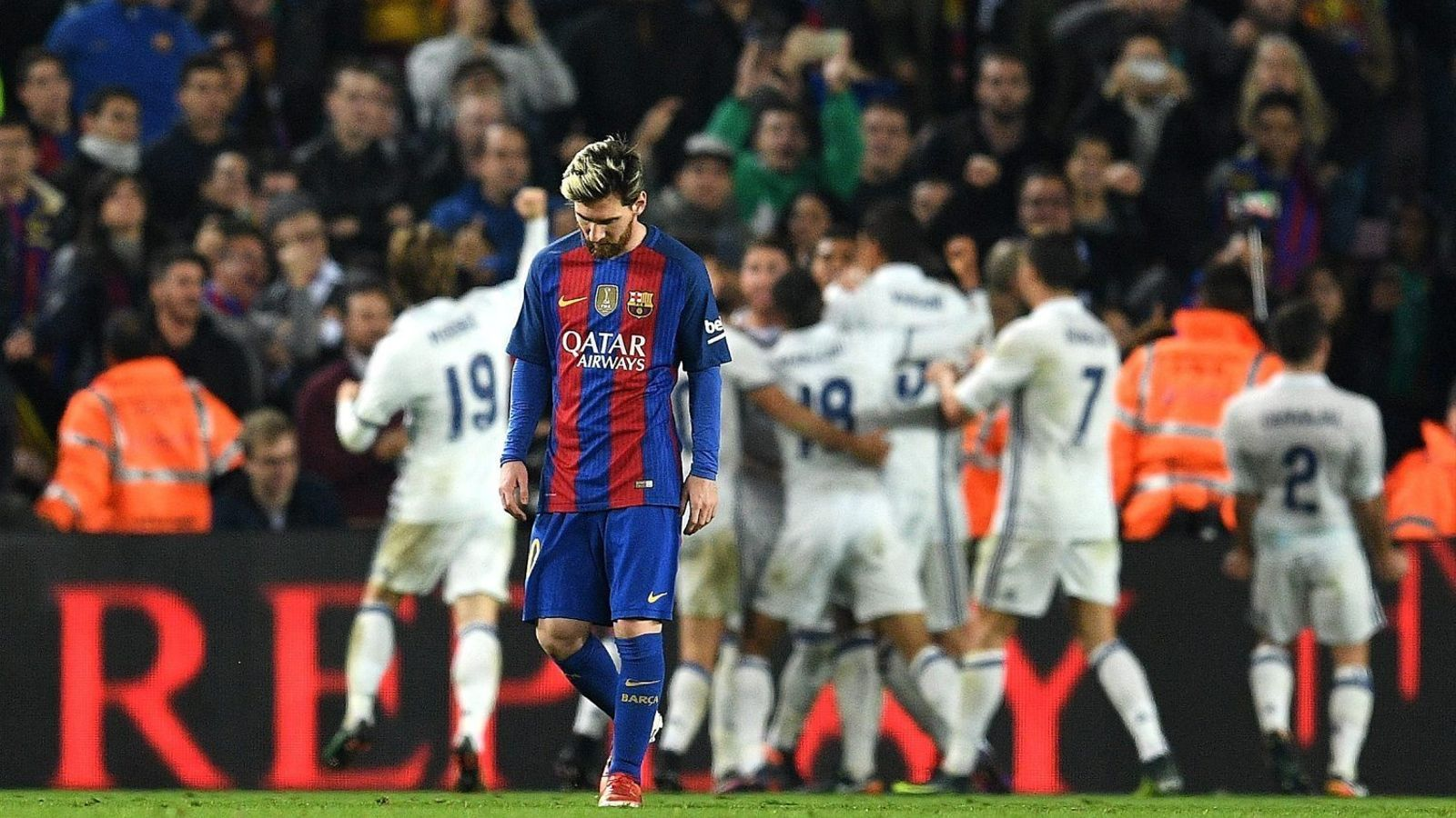 Messi decebut després del gol de l'empat del Reial Madrid aquest dissabte al Camp Nou.