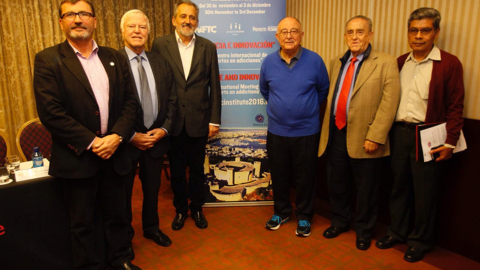 Jesús Mullor, Martien Kooyman, Luis Bononato, Tomeu Català, Gabriel Mejía y Lino Salas.