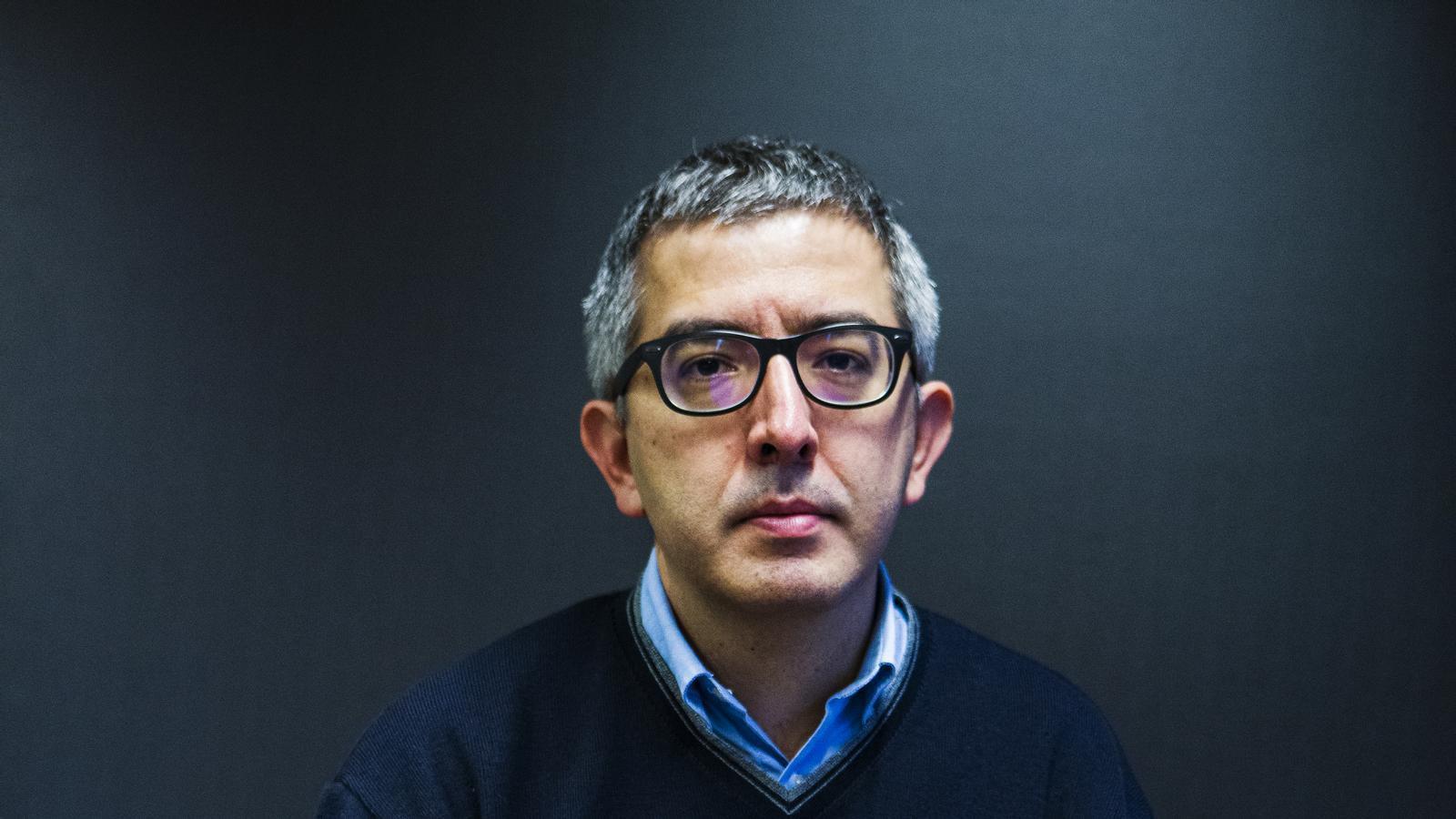 """Jordi Amat: """"La figura d'Alfons Quintà permet veure allò que el poder no vol ensenyar"""""""