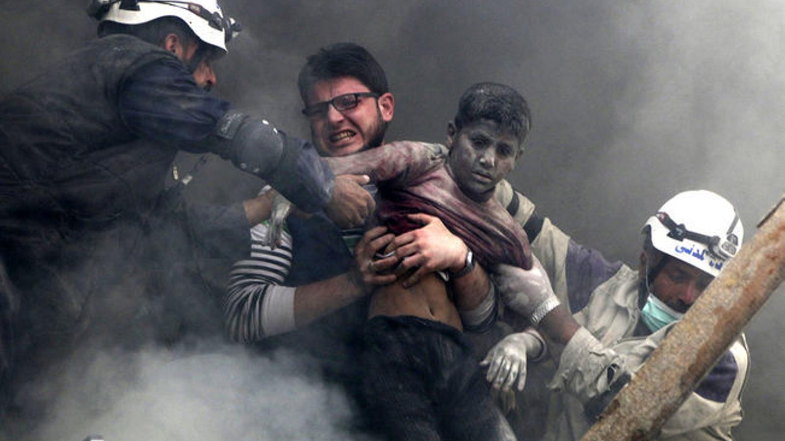 Els cascos blancs sirians reben el premi nobel alternatiu