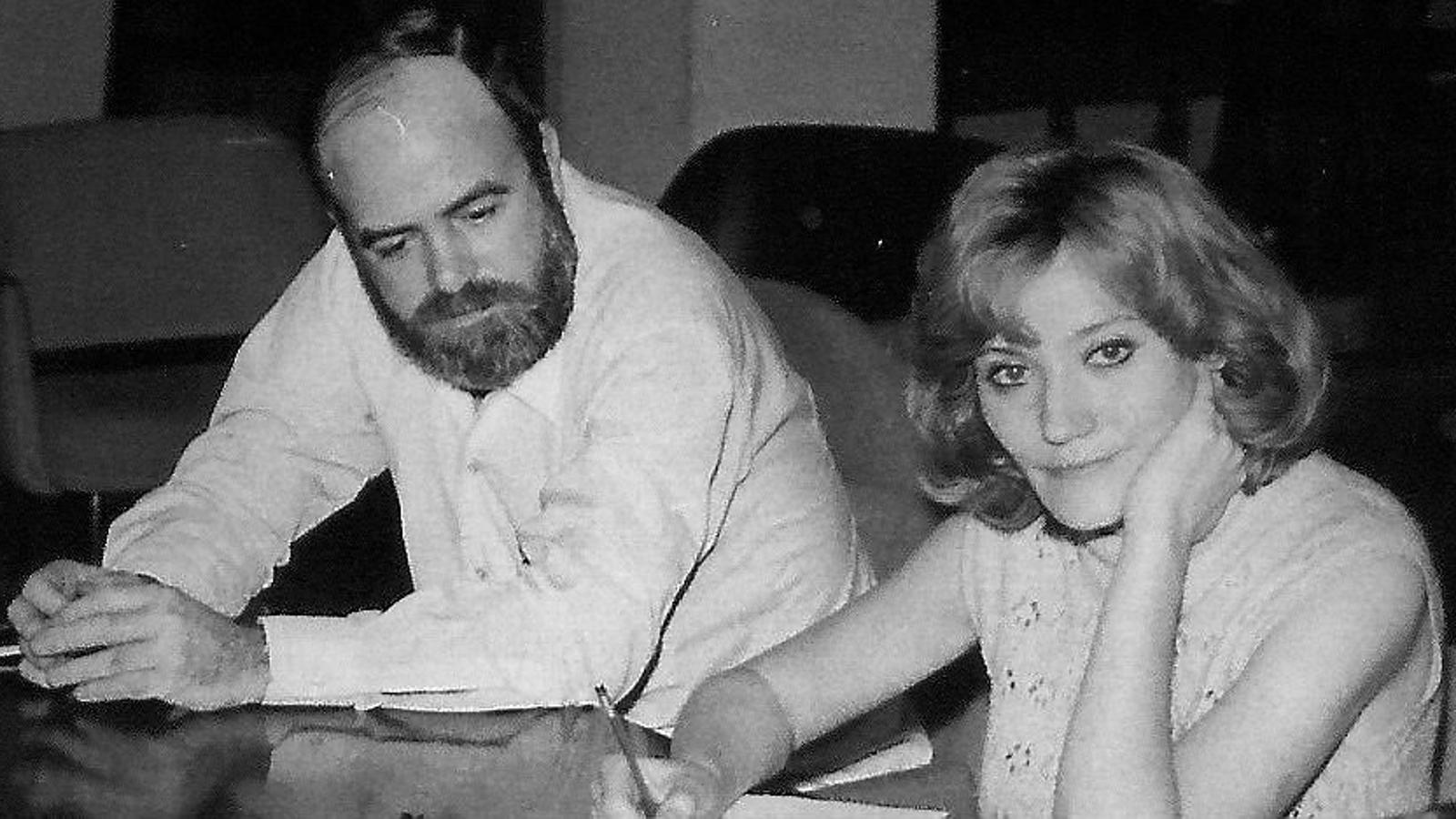 Xavier Dalfó va ser fundador de la revista Canigó el 1954 i Isabel-Clara Simó seria el seu relleu en la direcció del 1972 al 1983.