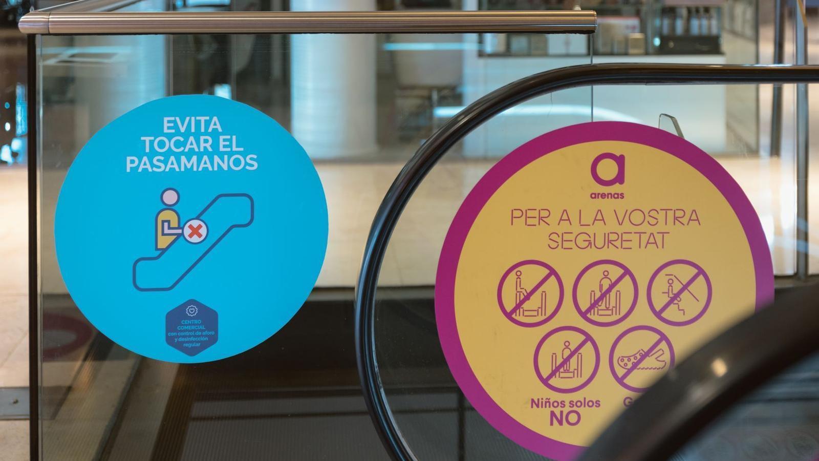Barcelona entra en la fase 2: centres comercials oberts i banys a la platja permesos