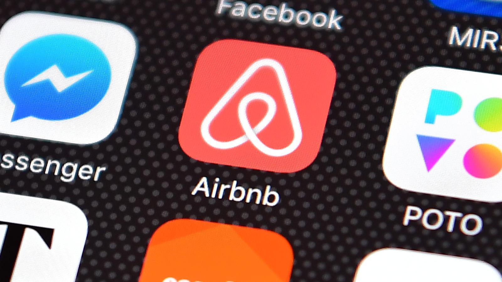 Barcelona demana ajuda legal a la UE per combatre Airbnb