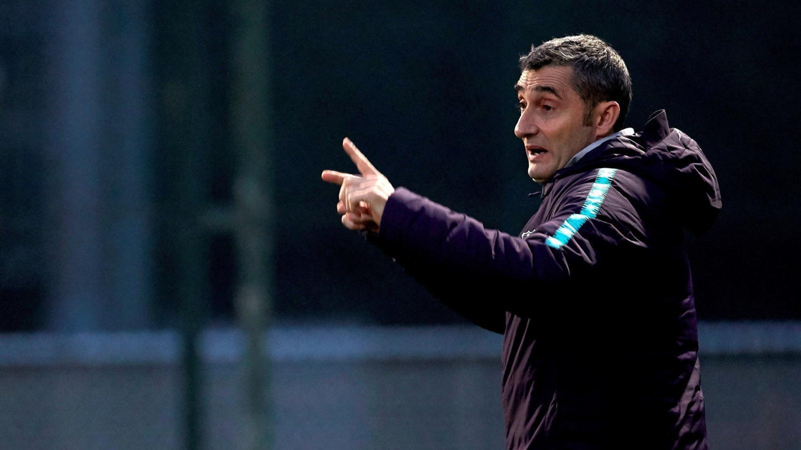 Valverde  vol una nit  per recordar  a l'estadi