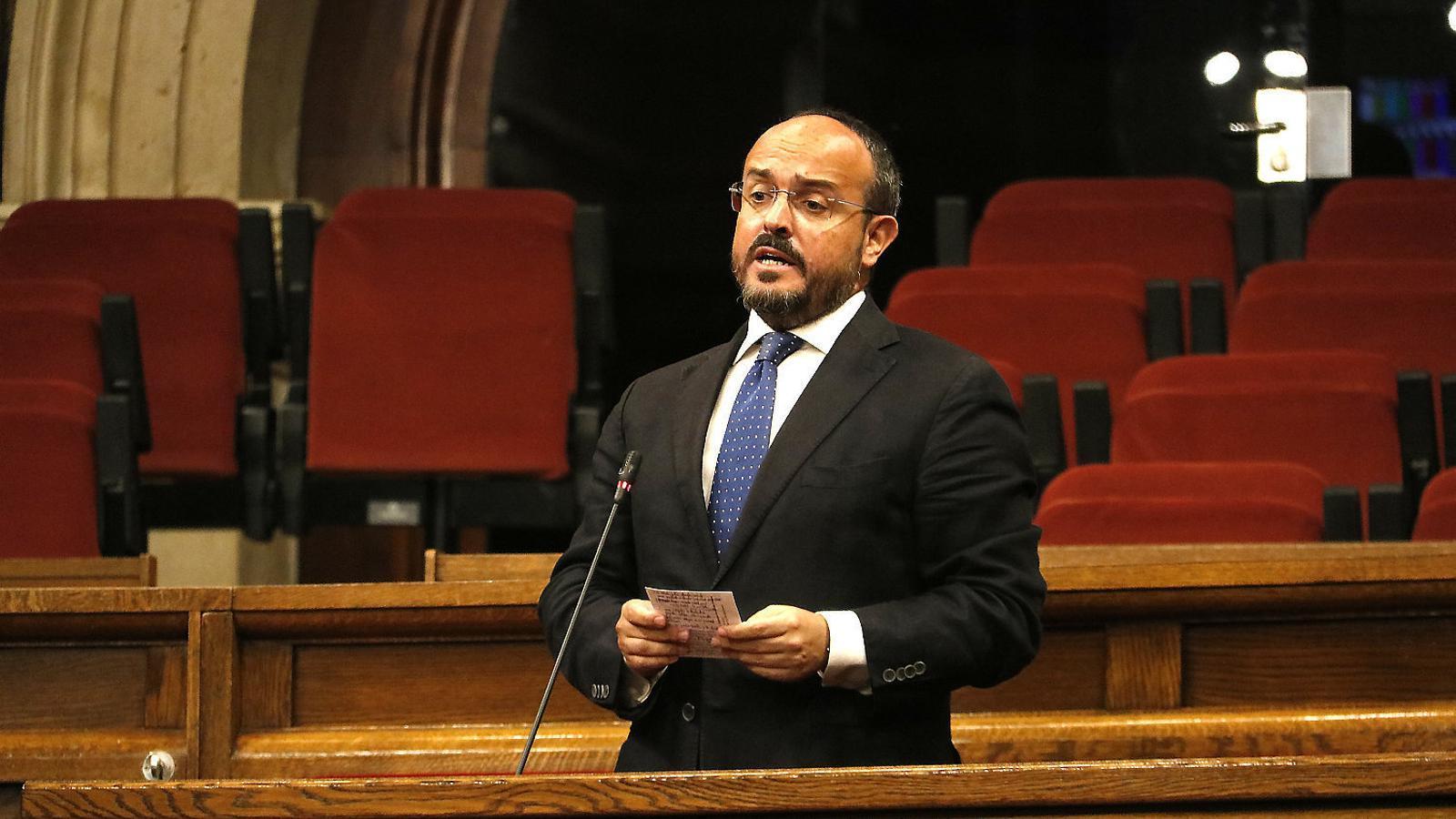El PP català reforça el seu rebuig a una coalició amb Cs