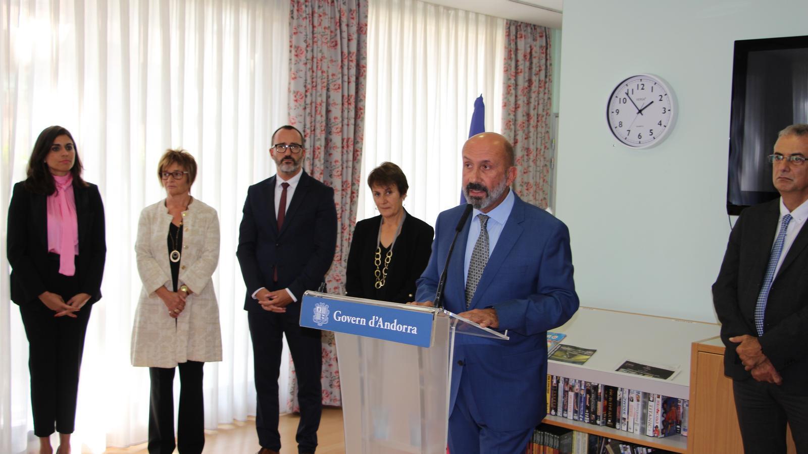 El ministre de Salut, Joan Martínez Benazet, durant el discurs al centre. / A. S.