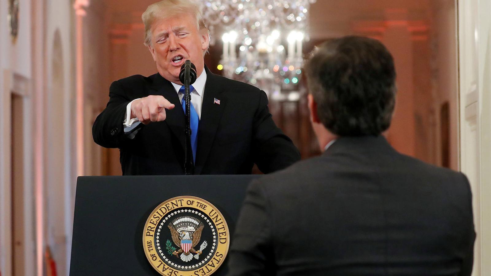 """Donald Trump va titllar un periodista de la CNN de persona """"terrible"""" i """"maleducada""""."""