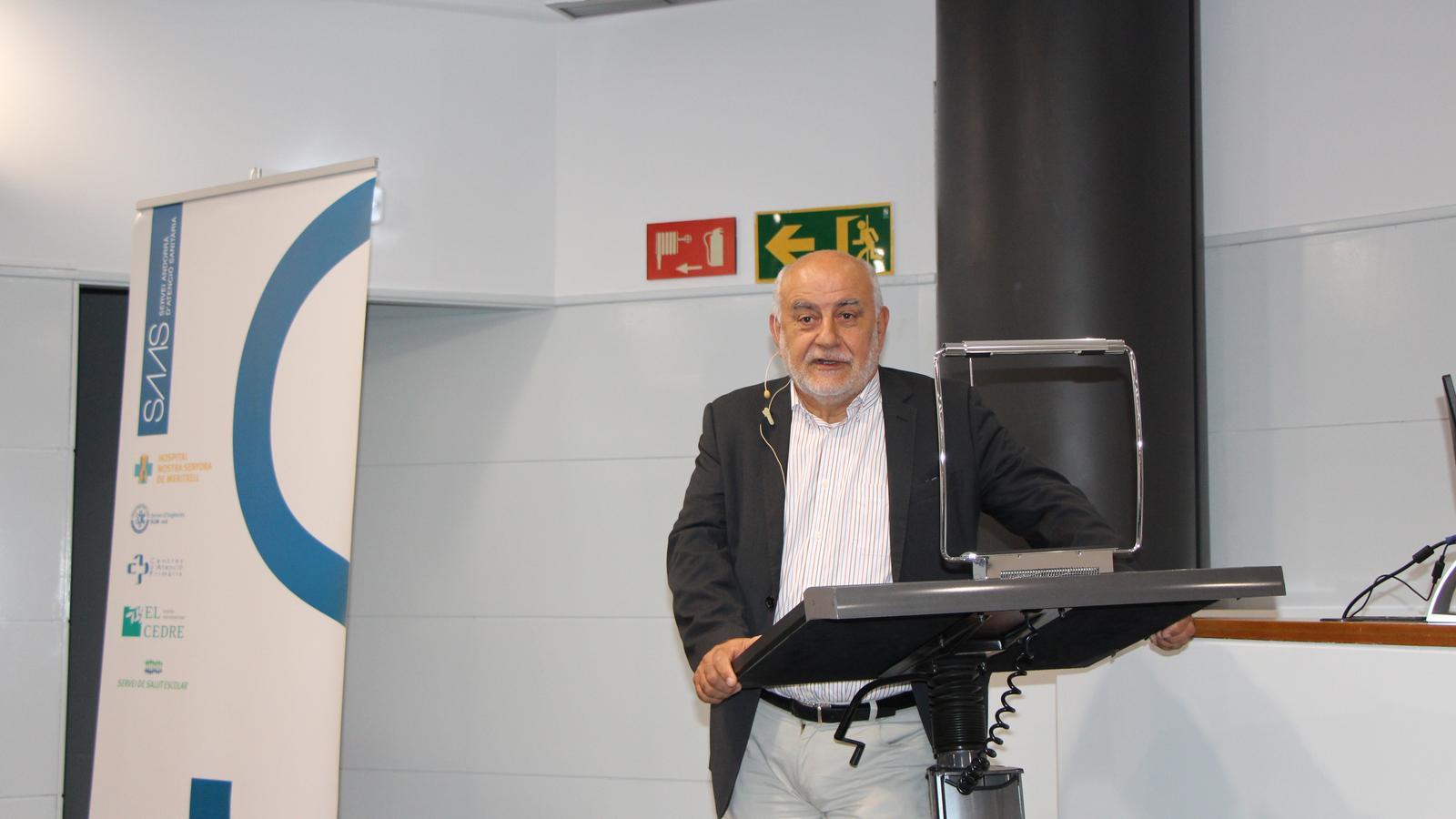 El cardiòleg Josep Brugada ha mostrat la seva voluntat d'implantar una clínica cardiovascular al país. / A.S.