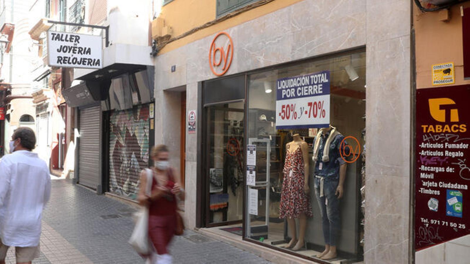Un carrer comercial de Palma