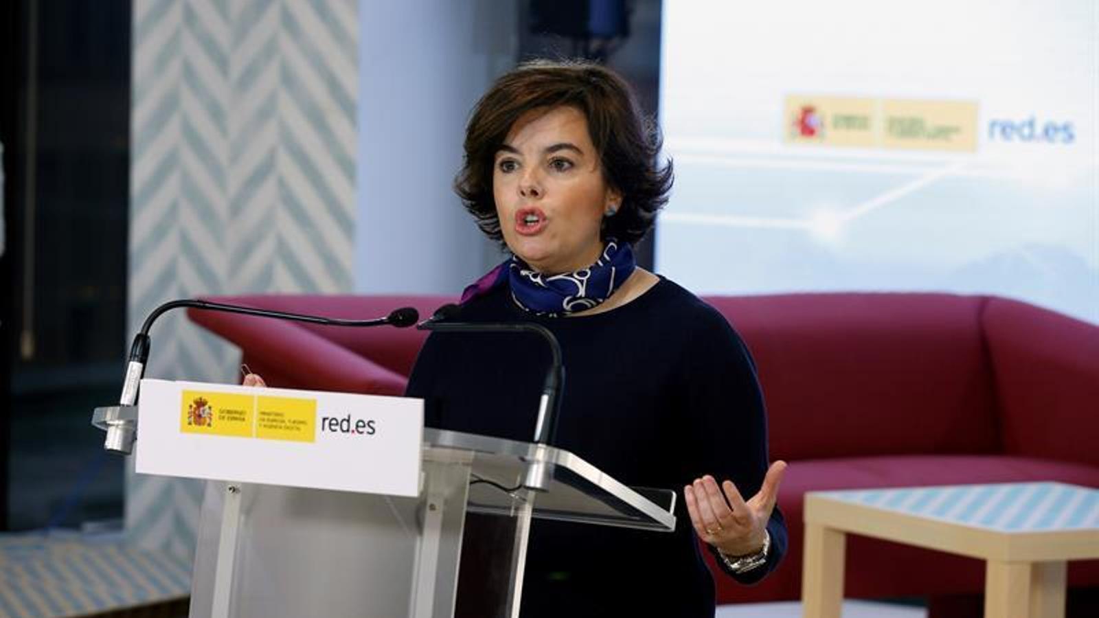 "La vicepresidenta espanyola, Soraya Sáenz de Santamaría, aquest dijous durant un acte sobre ""desinformació"" a les internet. EFE"