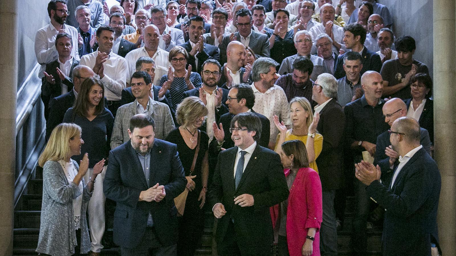 L'Estat situa més de 700 alcaldes pro referèndum en el punt de mira