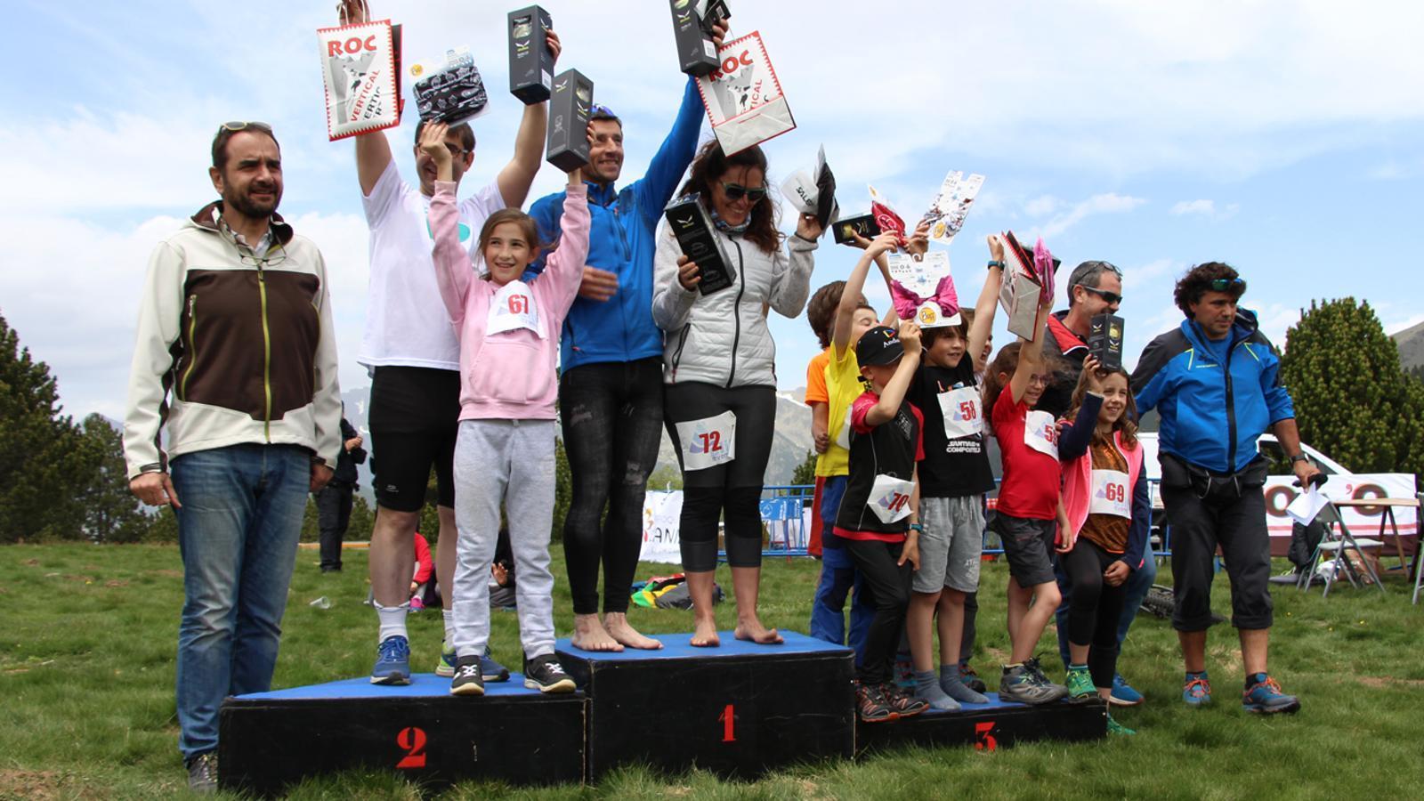 Els guanyadors de la cursa curta d'orientació. / M. P. (ANA)