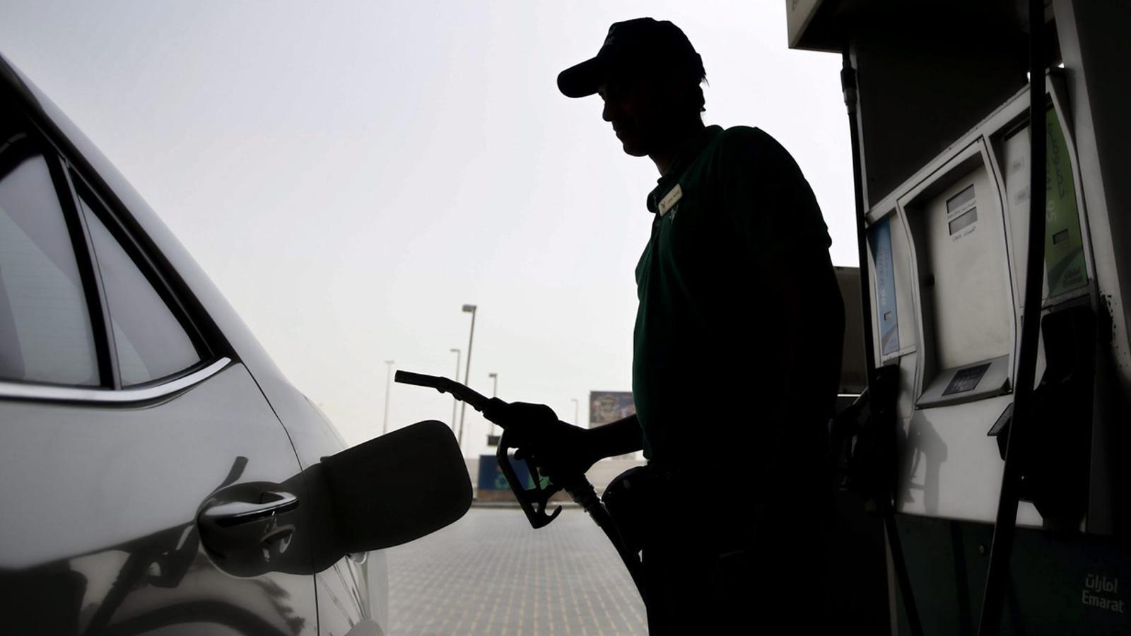 L'IPC puja dues dècimes al març per l'encariment dels carburants