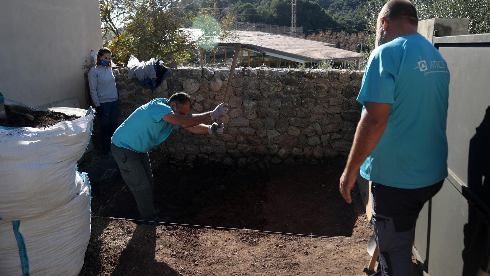 Comença l'excavació d'una possible fossa franquista a Valldemossa