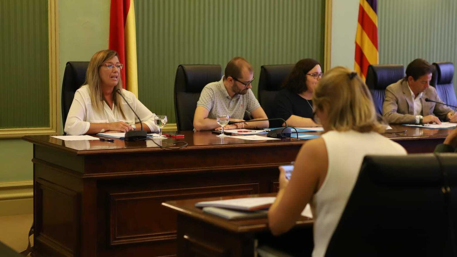 Compareixença de la consellera Patrícia Gómez al Parlament per explicar el brot d'intoxicació del passat mes d'agost