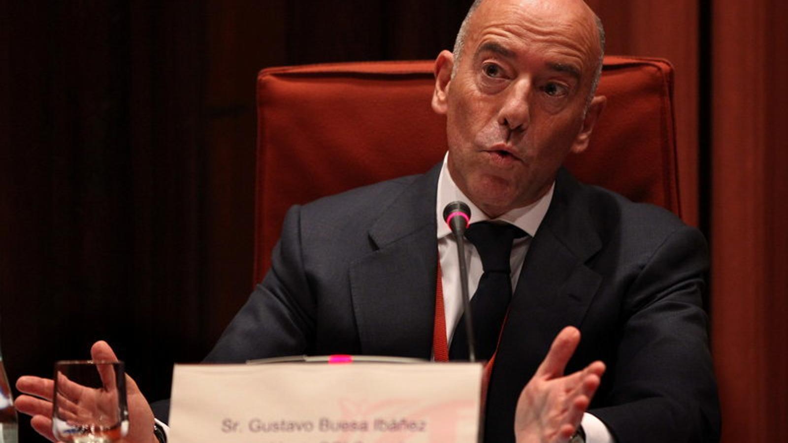 Gustavo Buesa va comparèixer a la comissió d'investigació del frau fiscal