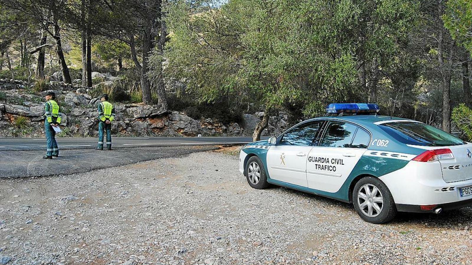 Més de 500 controls a les carreteres de les Balears per evitar desplaçaments a segones residències