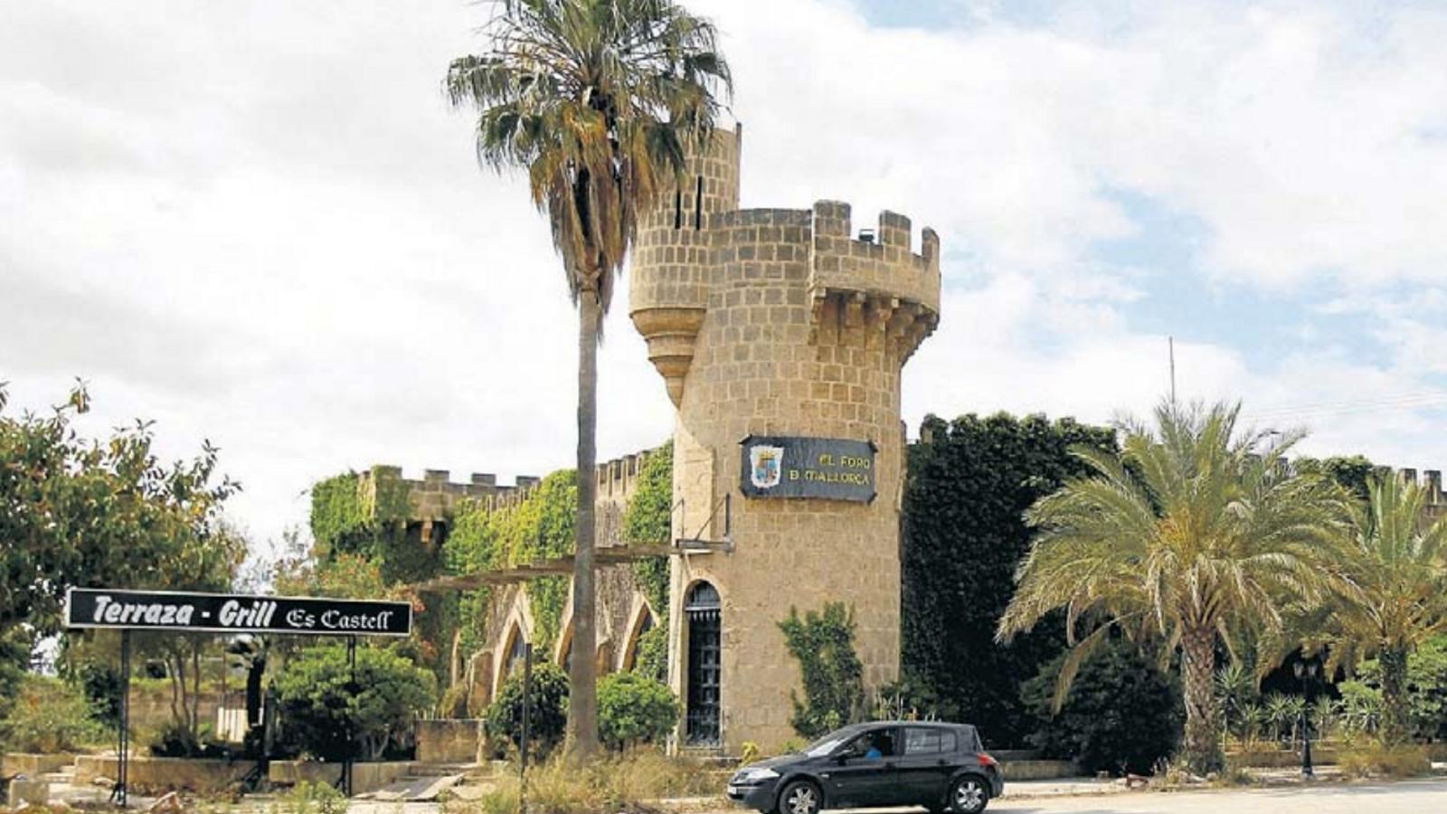 El Foro de Mallorca, obert a final dels cinquanta per l'empresari Miquel Llompart, va ser el precursor dels grans centres d'oci de Balears.