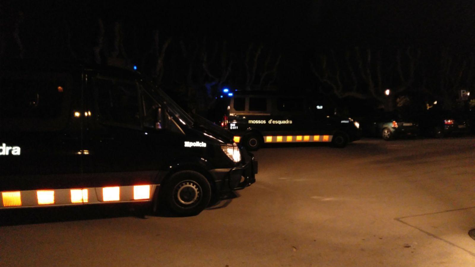 Els furgons dels Mossos d'Esquadra