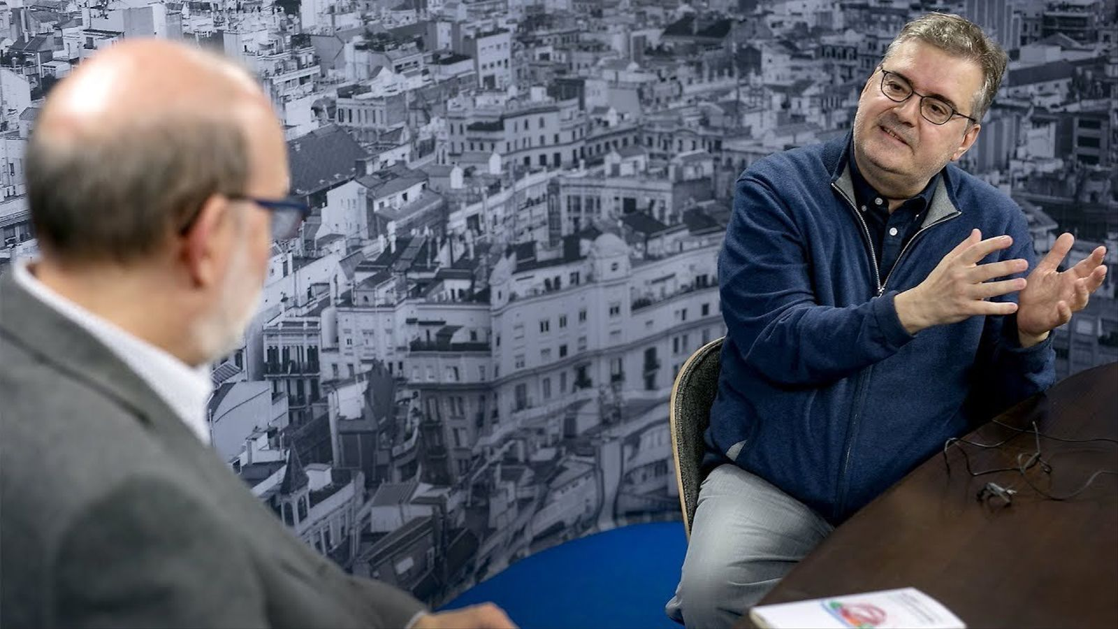 Entrevista d'Antoni Bassas a Sergi Pàmies