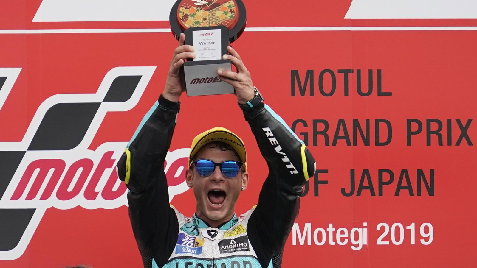 Lorenzo Dalla Porta celebra el triomf en el GP del Japó de Moto2