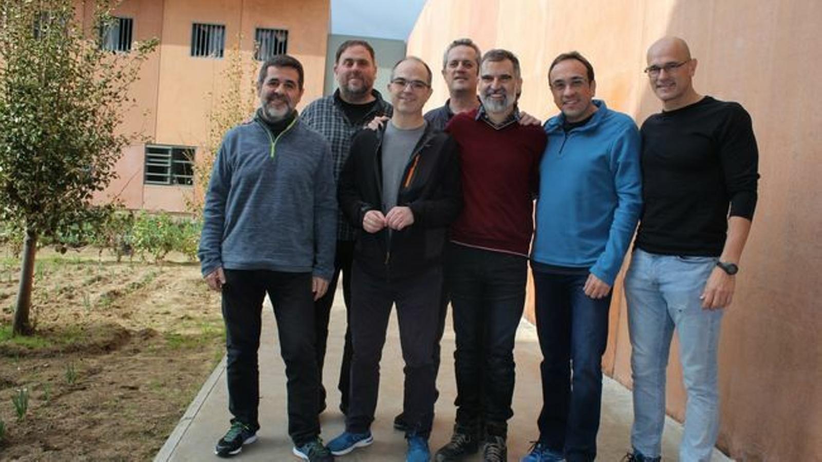 Els presos polítics demanen a Soto del Real i Alcalá-Meco el trasllat a centres penitenciaris catalans