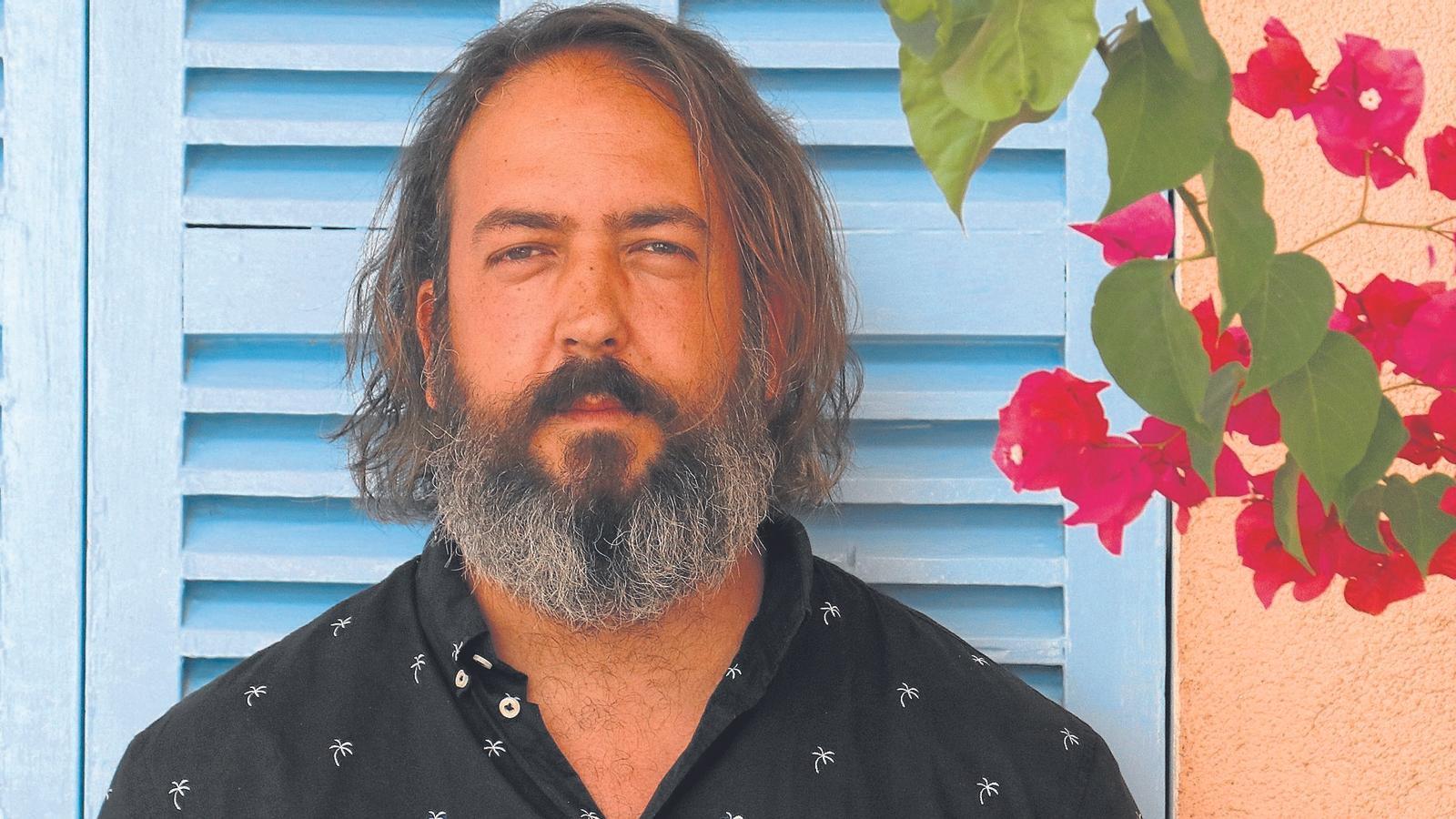 Andreu Gomila: els continents i els continguts
