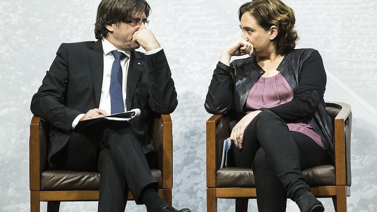 A Catalunya, dues revoltes polítiques estan mútuament emprenyades. / PERE VIRGILI