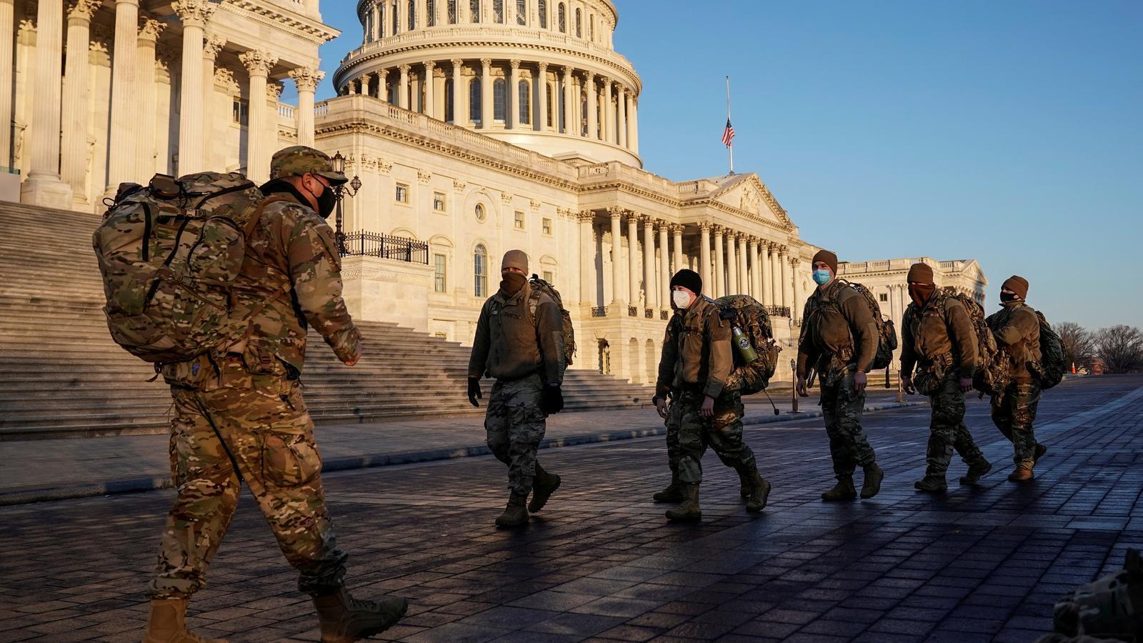 Membres de la Guàrdia nacional arriben aquest dimarts 12 de gener al Congrés, que es prepara per un nou 'impeachment' a Trump.