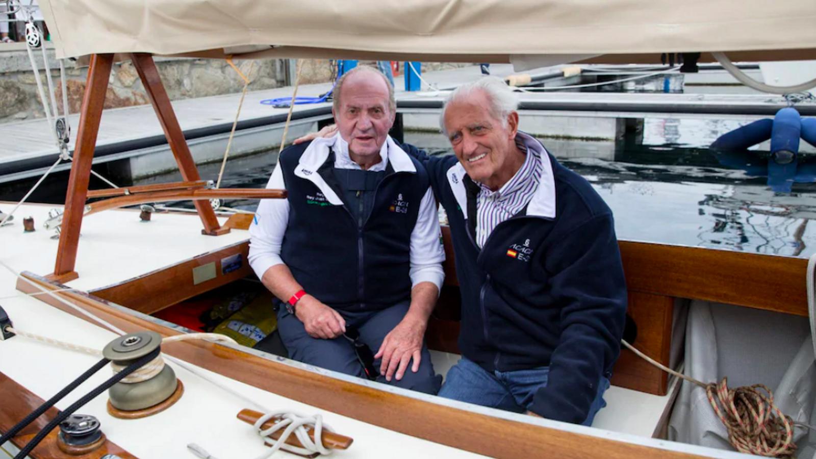 El rei emèrit Joan Carles I i l'empresari Josep Cusí, en una imatge del 2015 / EUROPA PRESS