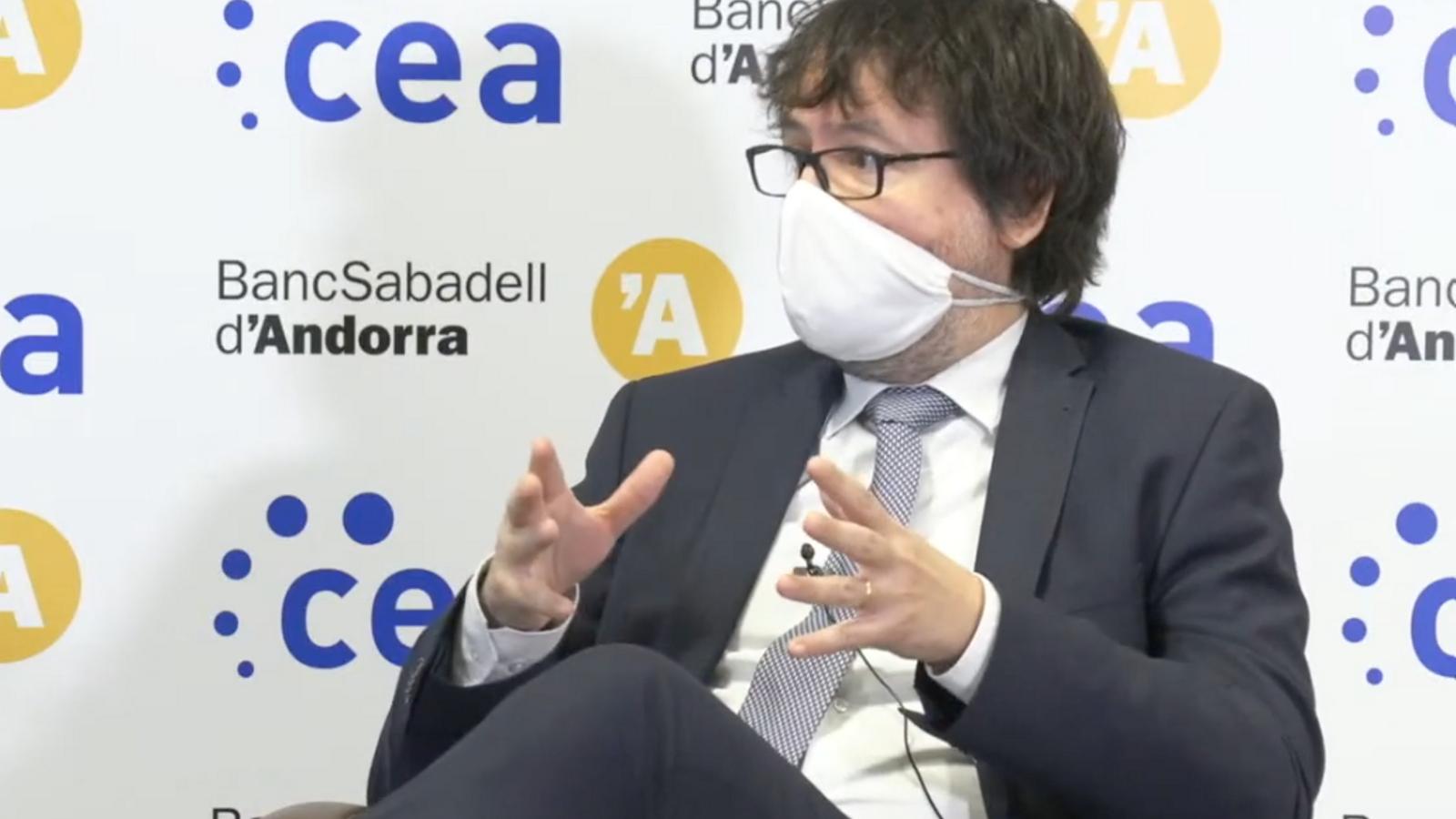 Font recorda l'anècdota del canvi de nom de l'aeroport Andorra la Seu / CEA