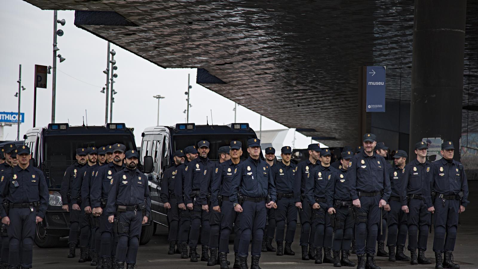 Mossos, Policia Nacional i Guàrdia Civil es reuneixen pel dispositiu de la sentència