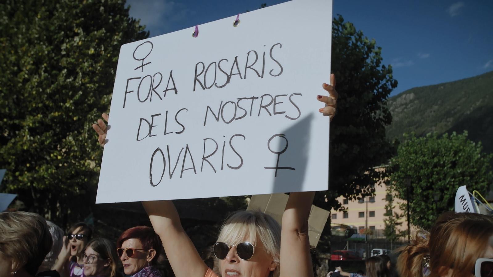 Manifestants a favor de l'avortament. / TVC