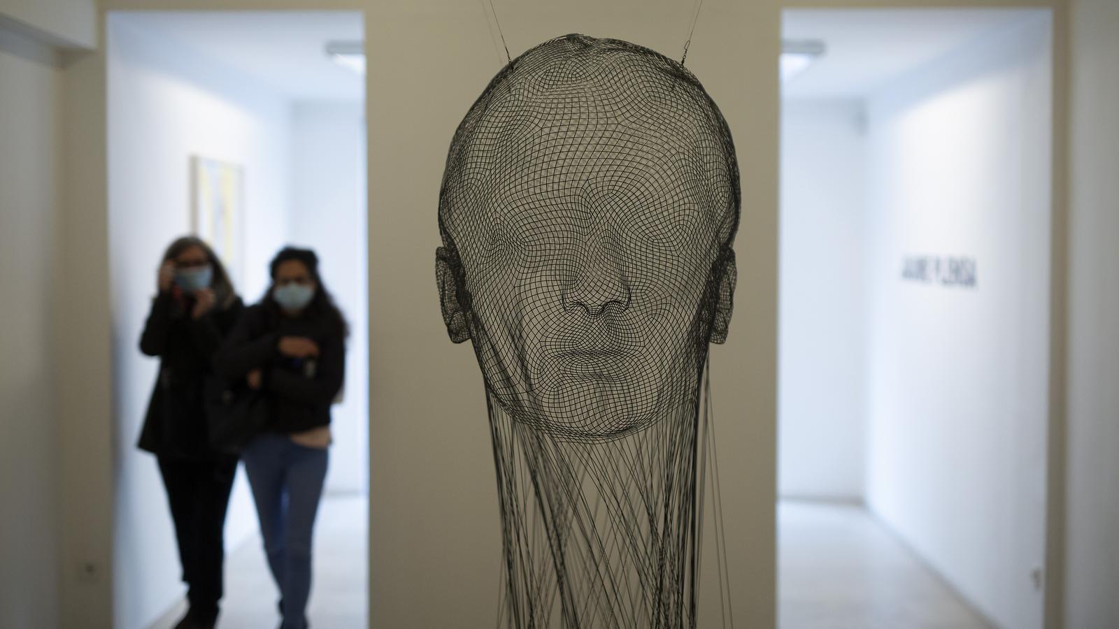 'Insivible Ana', de Jaume Plensa, a l'exposició de l'artista a la galeria Senda