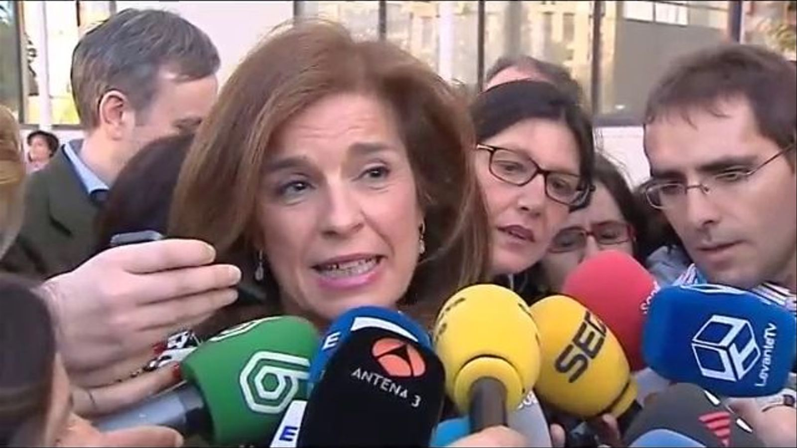 Ana Botella exposa el seu punt de vista sobre la topada d'Esperanza Aguirre amb els agents municipals