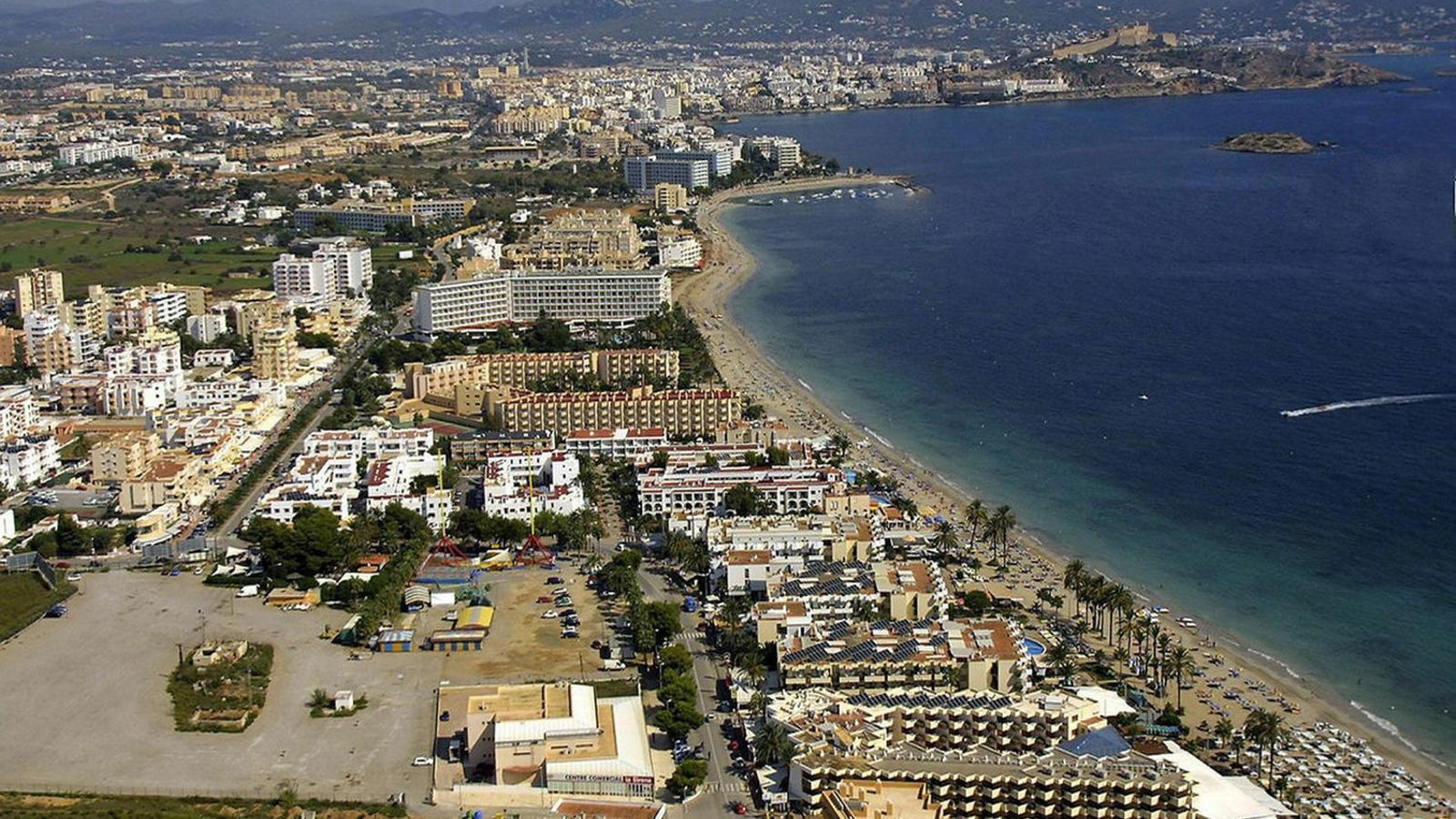 Platja den Bossa, Eivissa. Imatge d'arxiu