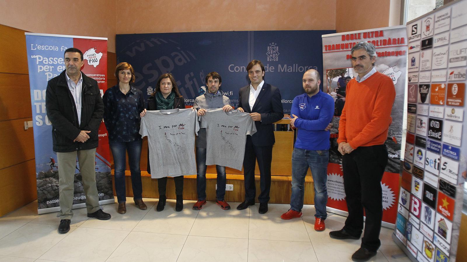 L'esportista Tòfol Castanyer presentant l'acte