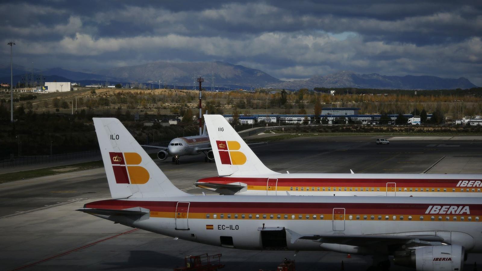 Imatge de la flota d'Iberia a l'aeroport del Prat