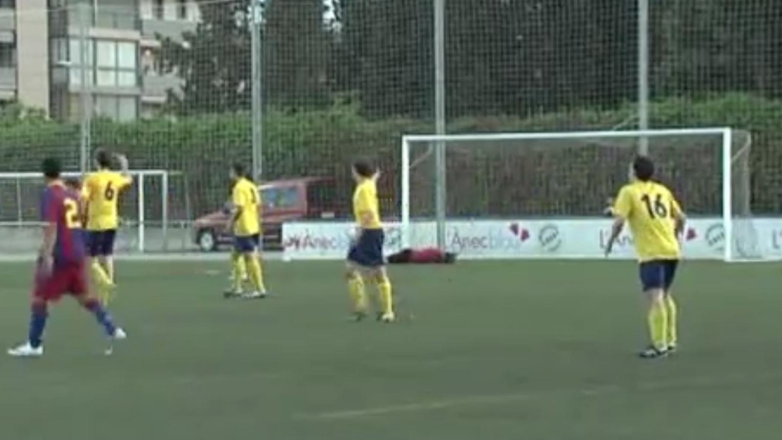 Mostra de 'fair play' del Juvenil B del Barça