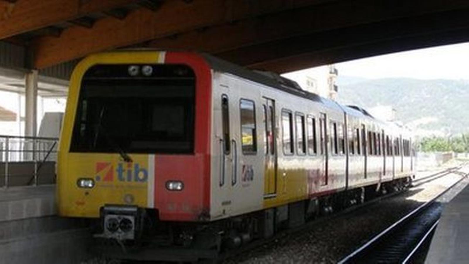 """El GOB lamenta que el Govern plantegi """"tard"""" un projecte del transport públic amb nous trens que feia estona que havia d'estar en marxa."""